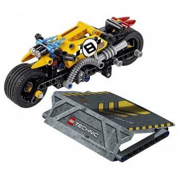 LEGO Technic : Stunt Bike - Ακροβατική Μηχανή (42058)