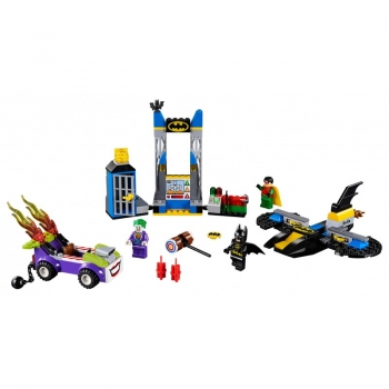 LEGO Juniors The Joker™ Batcave Attack - Επίθεση Του Τζόκερ Στη Σπηλιά Του Μπάτμαν