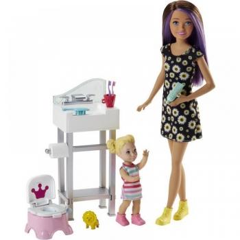 Barbie Σκίπερ Babysitter-Στο Μπάνιο Με Το Μωρό (FJB01)