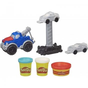 Hasbro Play-Doh Tow Truck